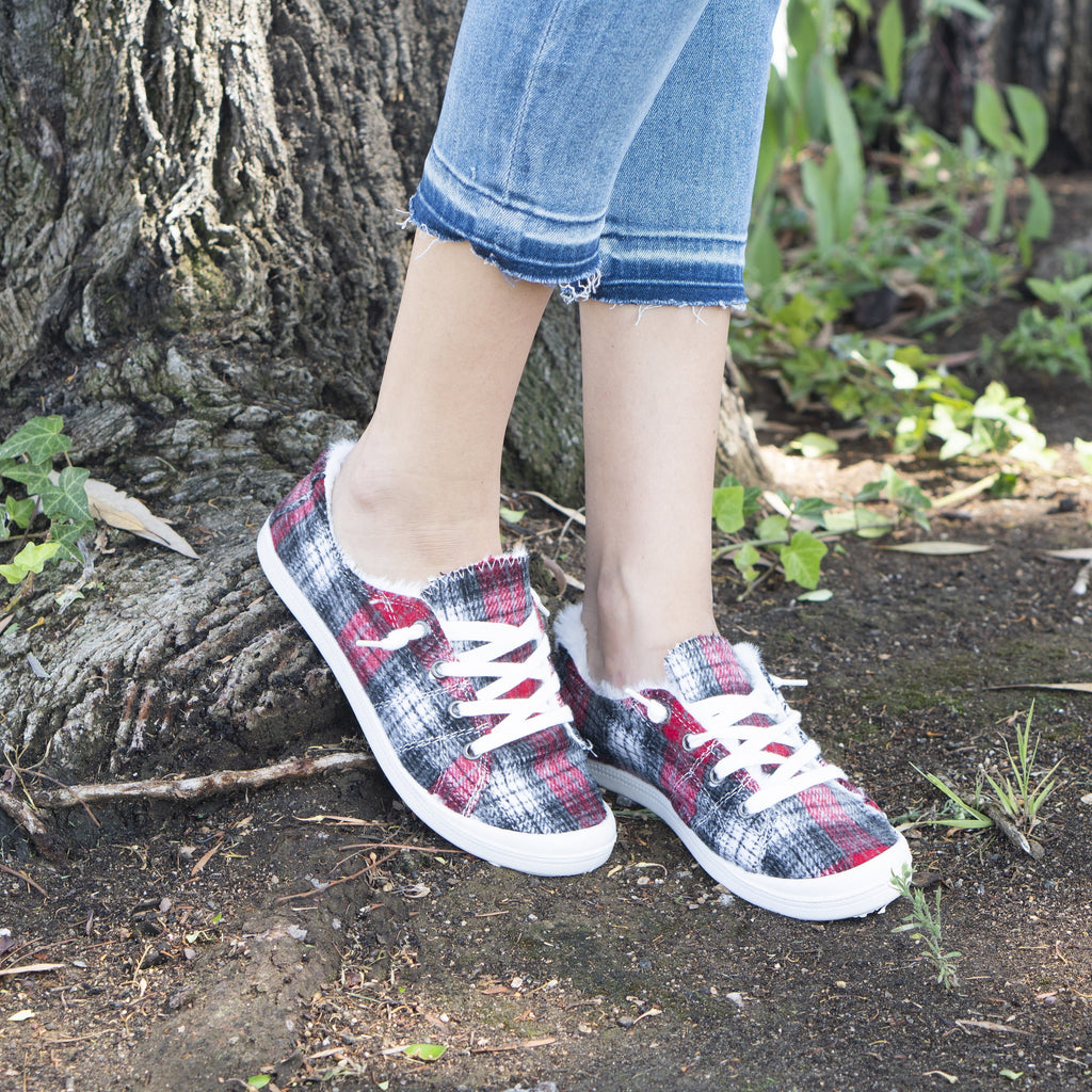 Women's Comfy Plaid Slip-On Sneakers - Forever - Red Plaid / 5