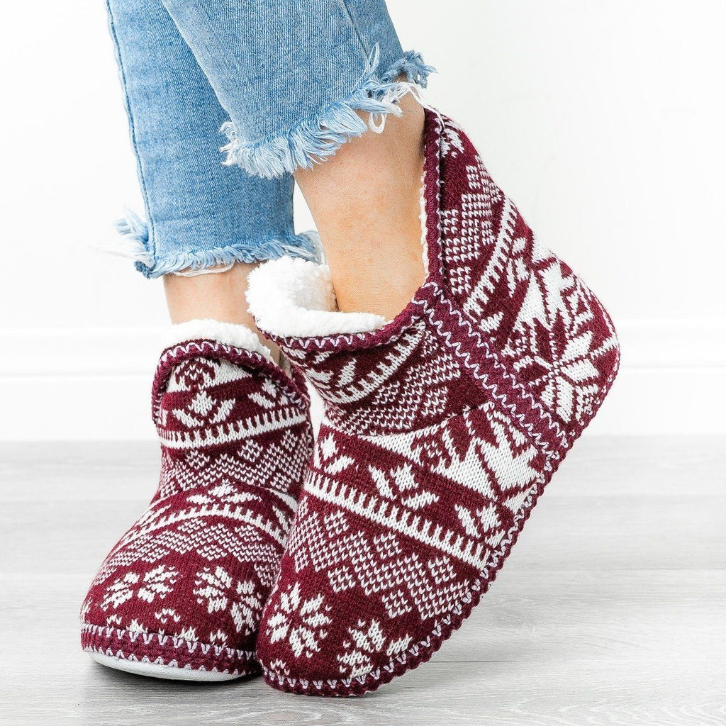 Womens Comfy Sweater Slippers - Via Pinky - Wine / 5