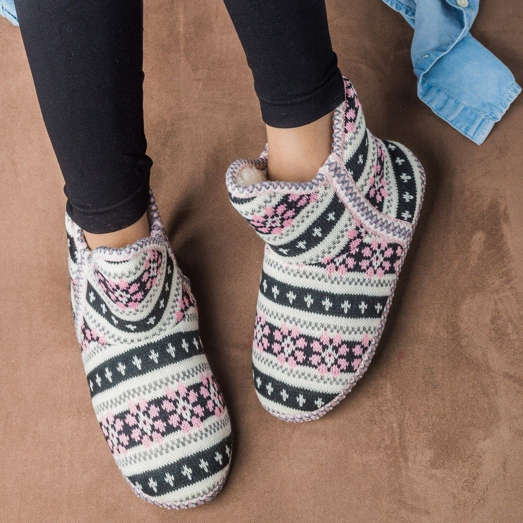 Womens Comfy Sweater Slippers - Via Pinky - Pink / 5