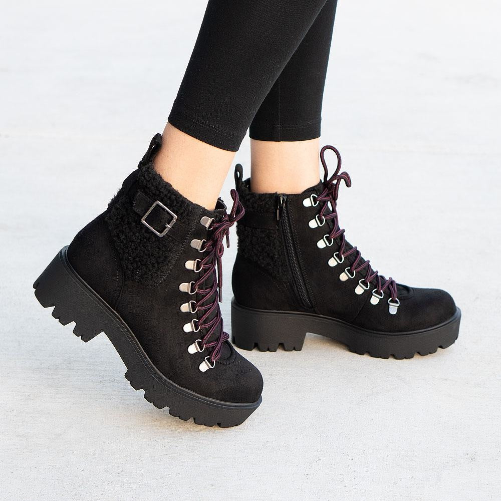 Women's Cozy Combat Styled Boots - Soda Shoes - Black / 5