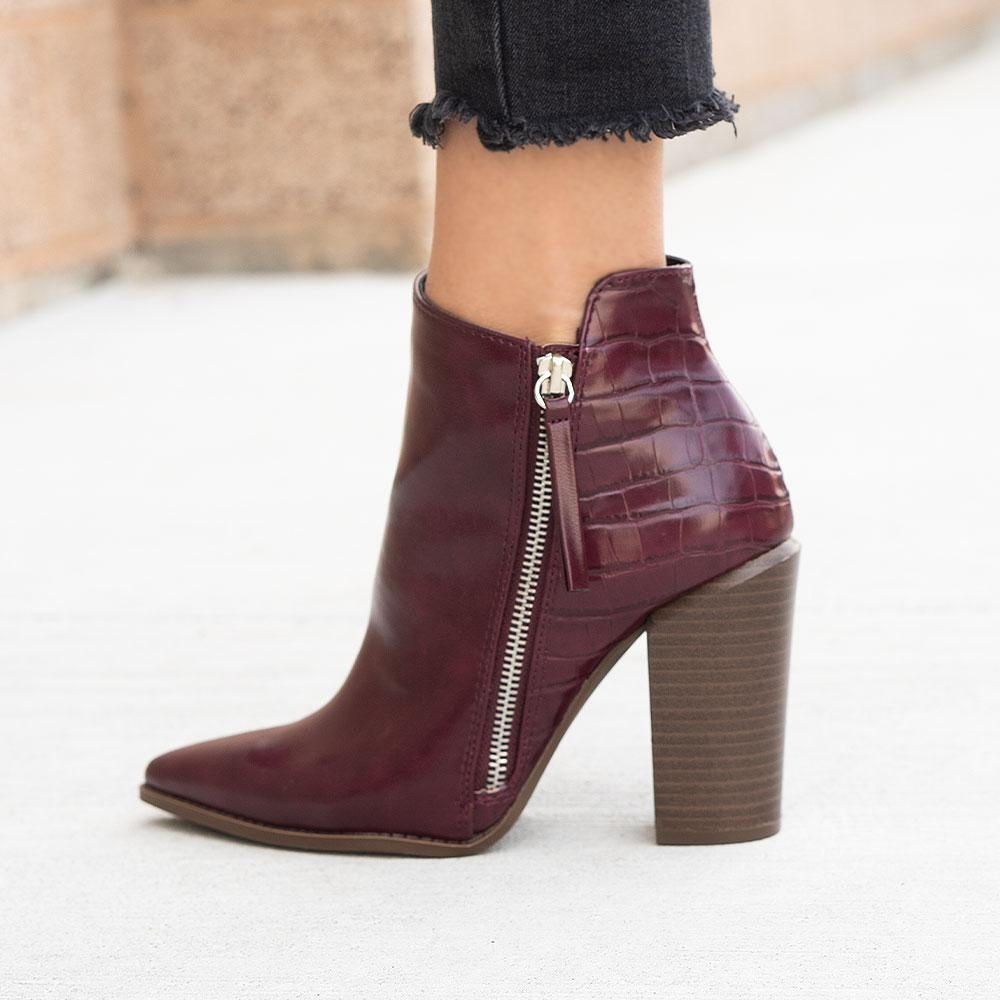 Women's Crinkled Pointed Toe Booties - Qupid Shoes