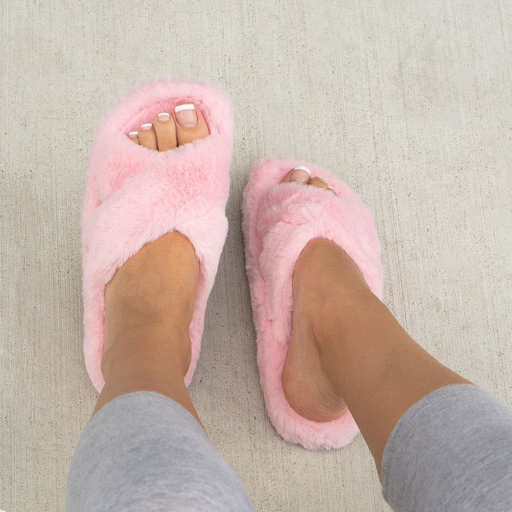 Women's Cross Fitted Fuzzy Slides - Soda Shoes - Pink / 5
