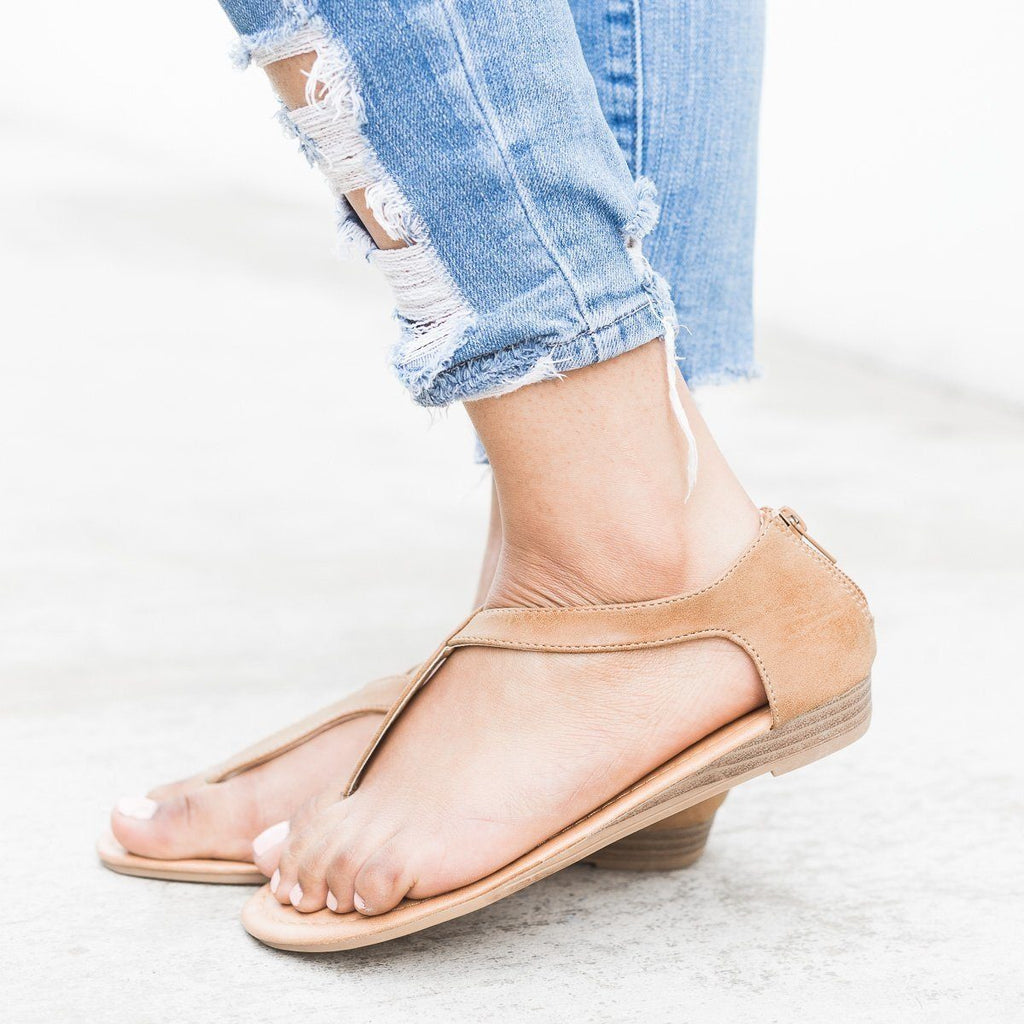 Womens Curvy Strap Thong Sandals - Refresh
