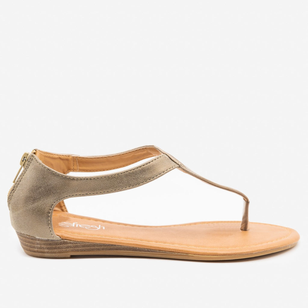Women's Curvy Strap Thong Sandals - Refresh - Tan / 5