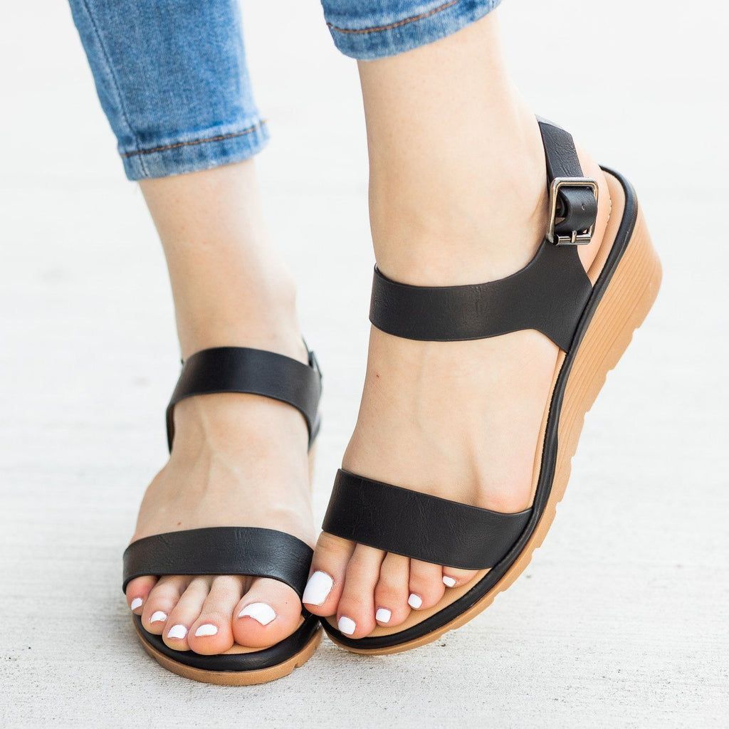 Womens Cushioned Insole Sandal Wedges - Fashion Focus - Black / 5