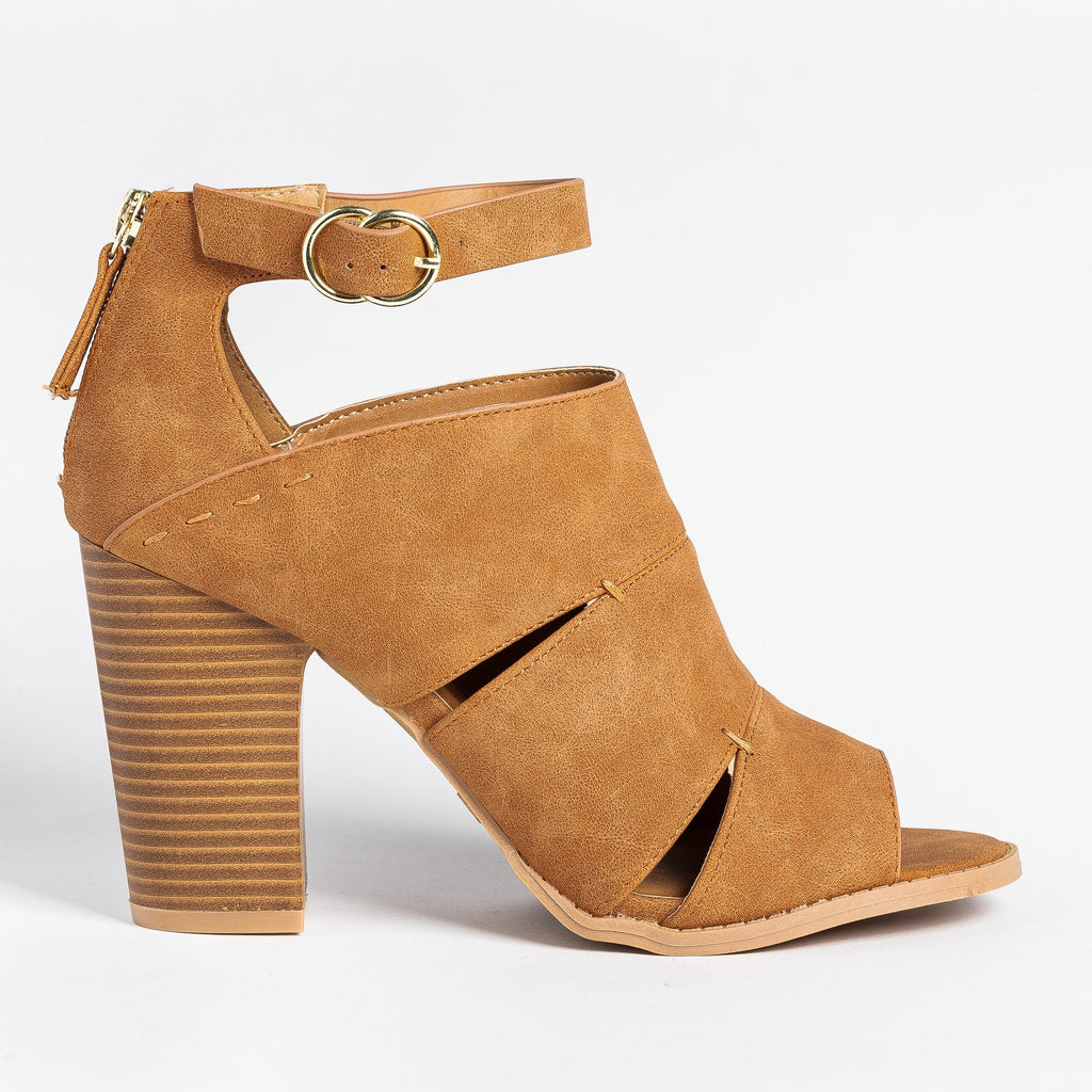 Womens Cut-Out Fashionista Booties - Qupid Shoes - Camel / 5