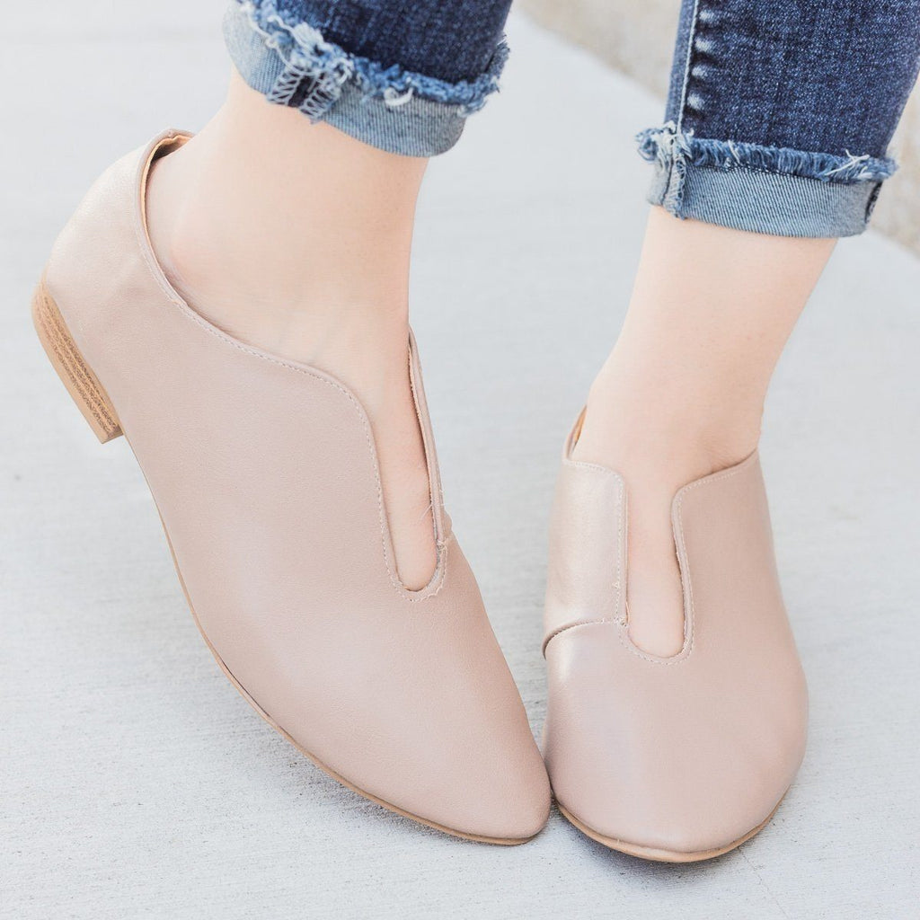 Womens Cut Out Flats - Qupid Shoes - Warm Taupe / 5