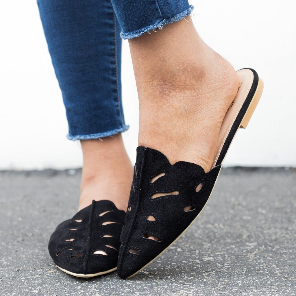 Womens Cut-out Mule Flats - Beast Shoes - Black / 6