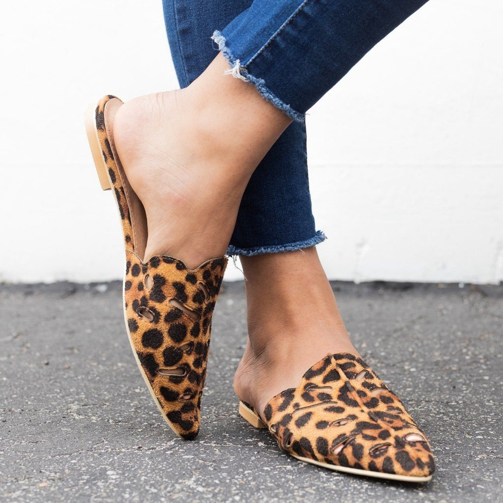Womens Cut-out Mule Flats - Beast Shoes - Leopard / 5