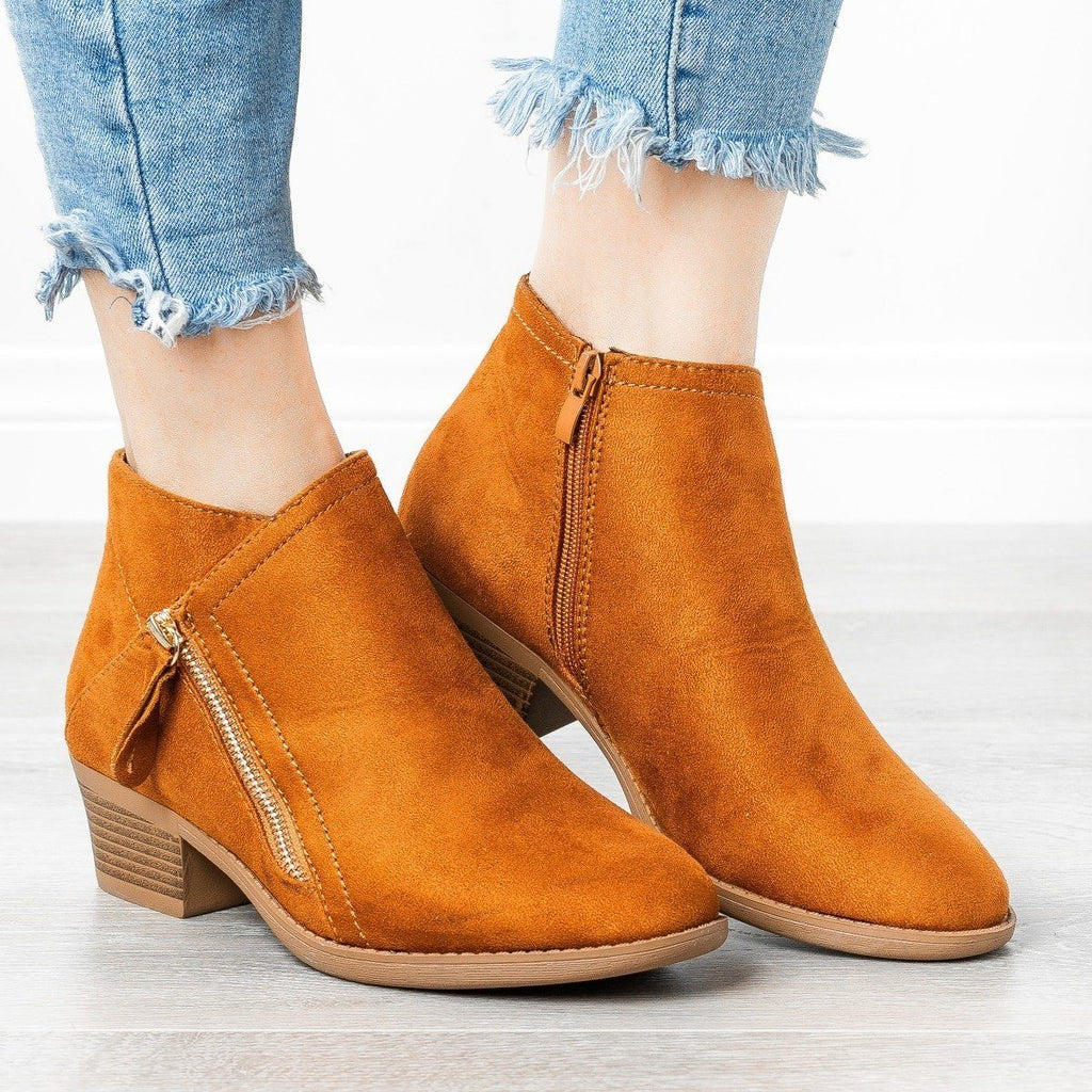 Womens Diagonal Zipper Booties - ARider Girl - Whiskey / 5