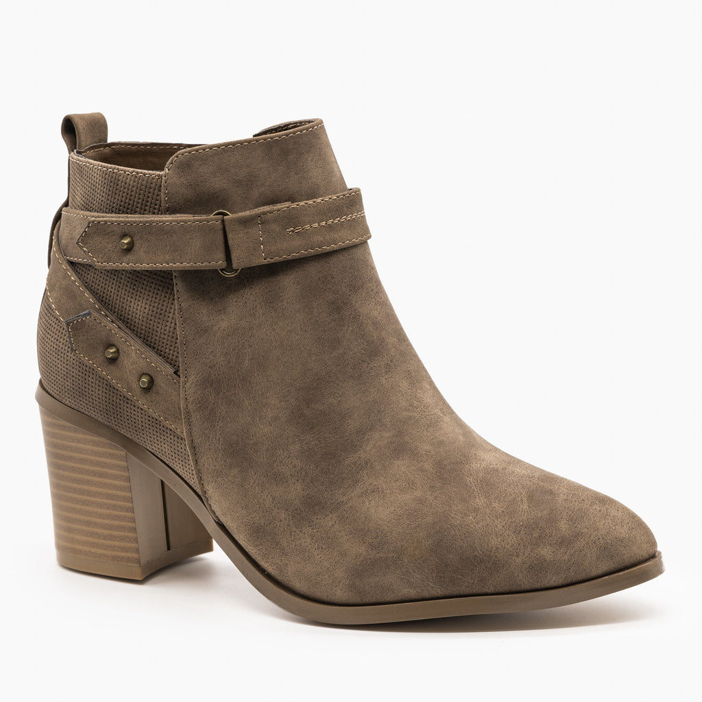 Womens Distressed Belted Ankle Booties - Refresh - Mocha / 5
