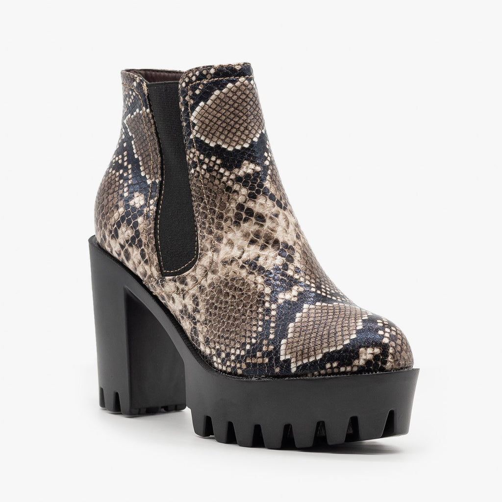 Womens Edgy Lug Sole Booties - Refresh