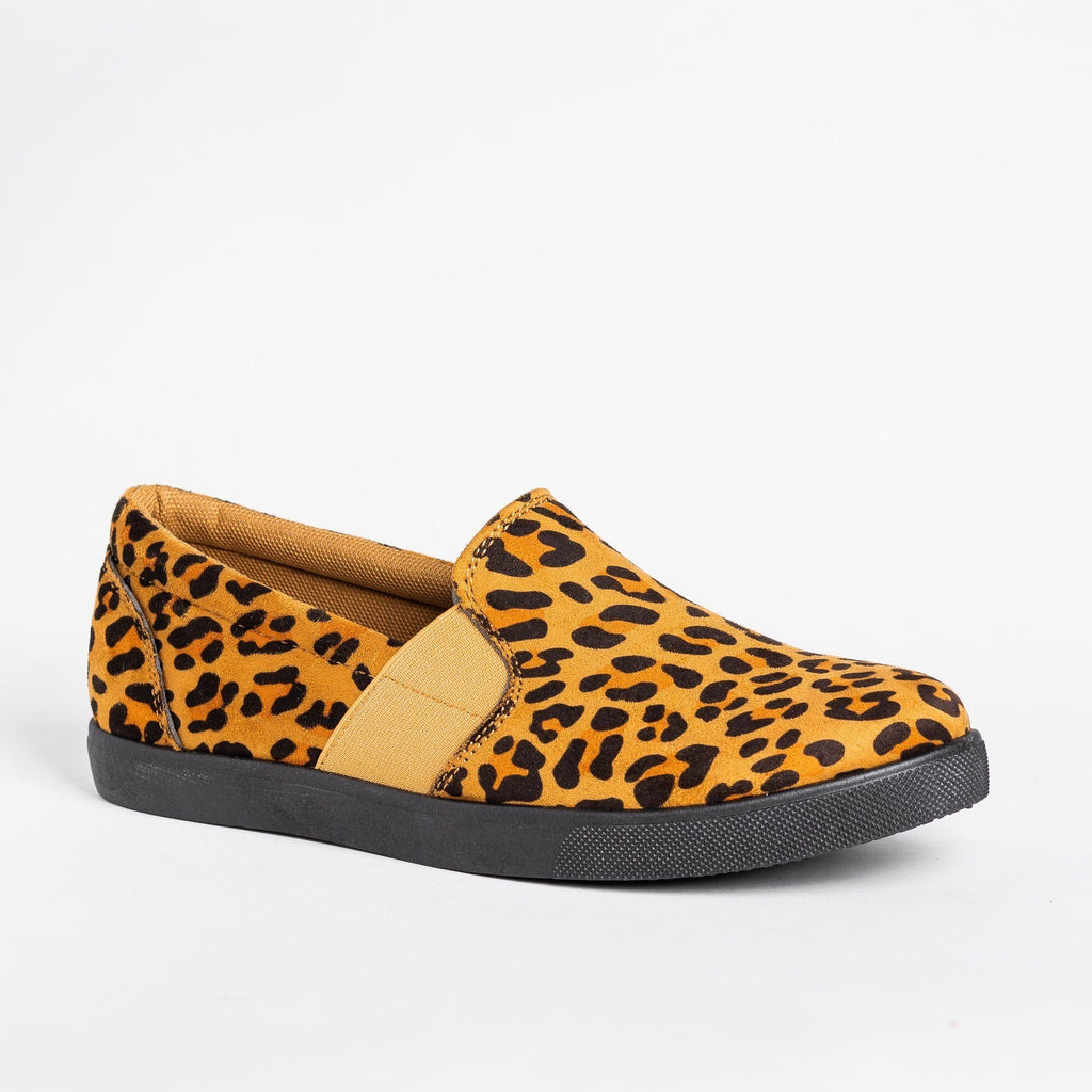Womens Edgy Slip-On Fashion Sneakers - Mata - Leopard / 5