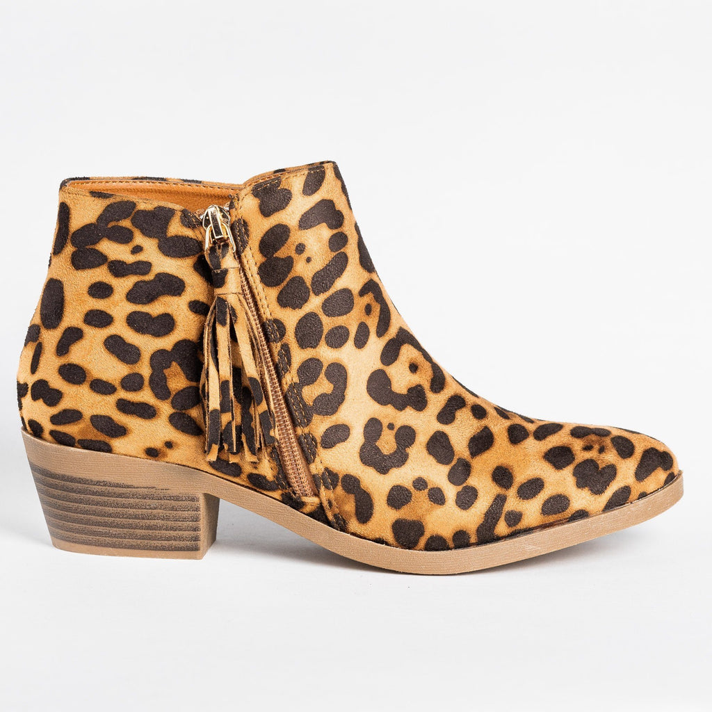 Womens Edgy Tasseled Zipper Booties - Bonnibel - Leopard / 5
