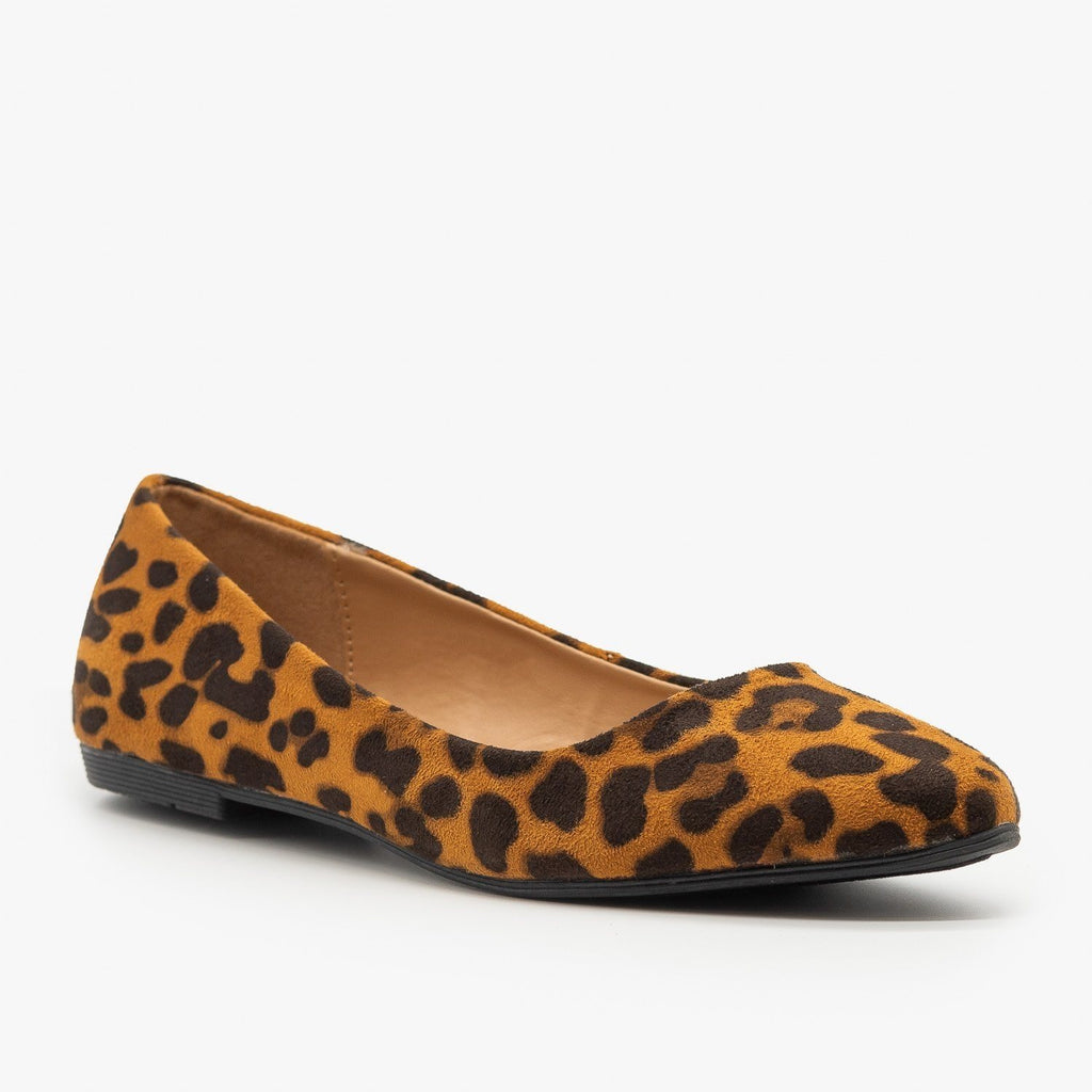 Womens Essential Pointed Toe Ballet Flats - Bella Marie - Leopard / 5