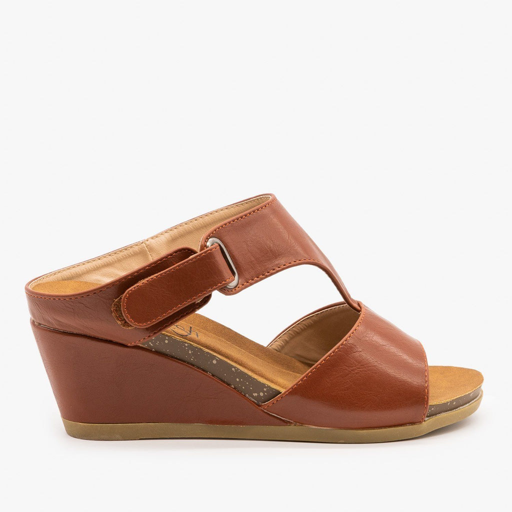 Womens Everyday Wedge Sandals - Refresh