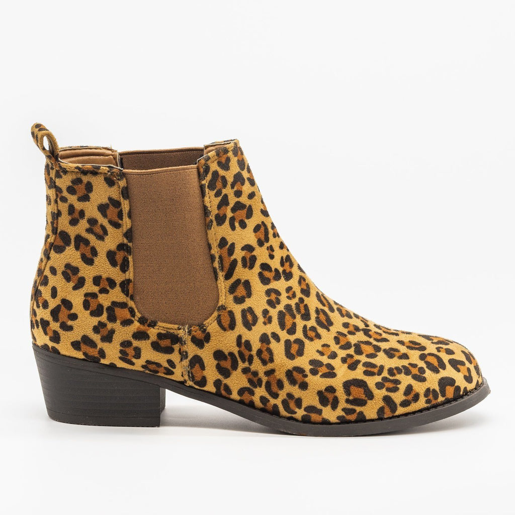 Womens Fall Slip-on Bootie - Refresh - Leopard / 5