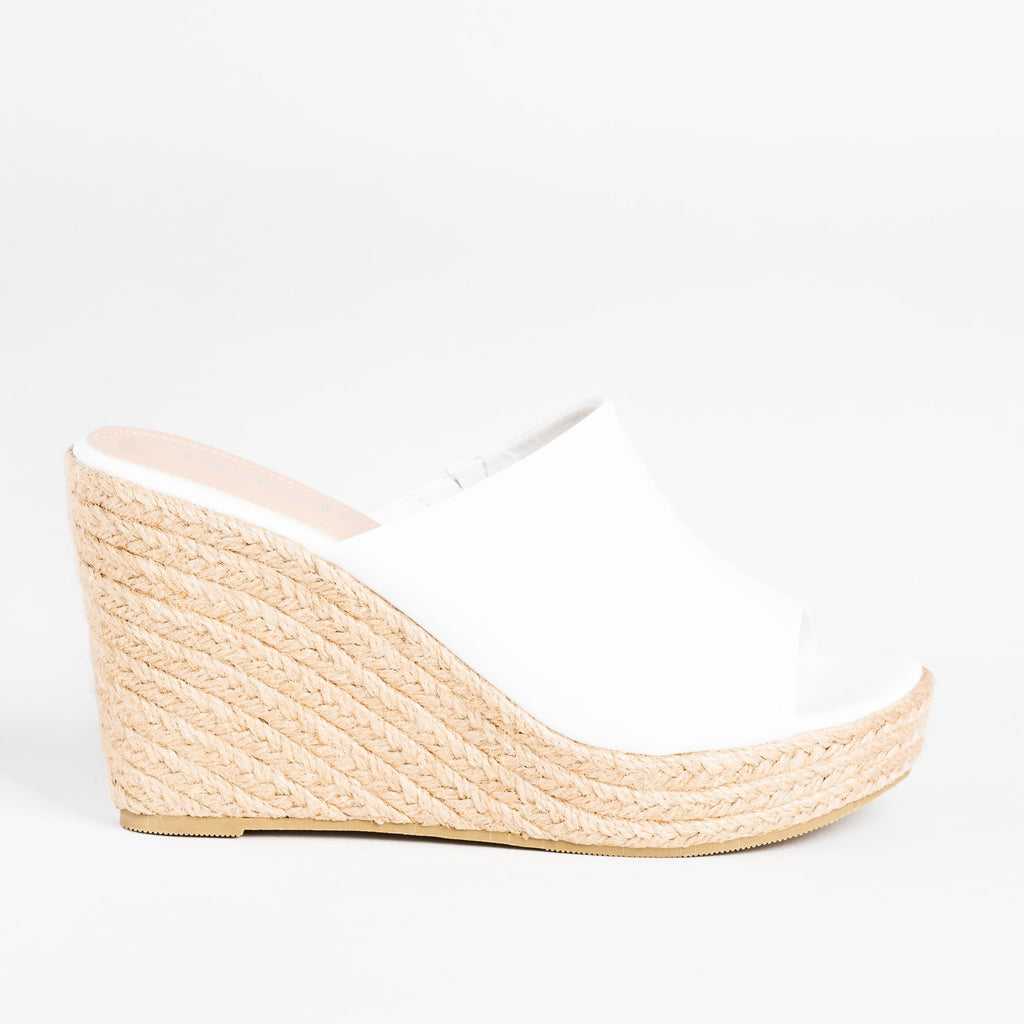 Womens Fashionable Espadrille Mule Wedges - Refresh - White / 5