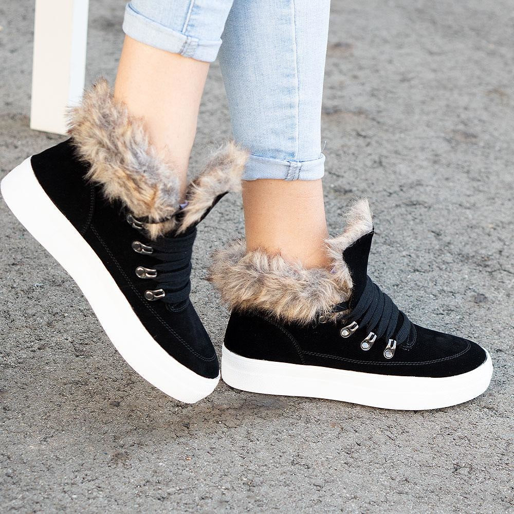 Women's Trimmed Fashion Sneakers - Soda Shoes - Black / 5