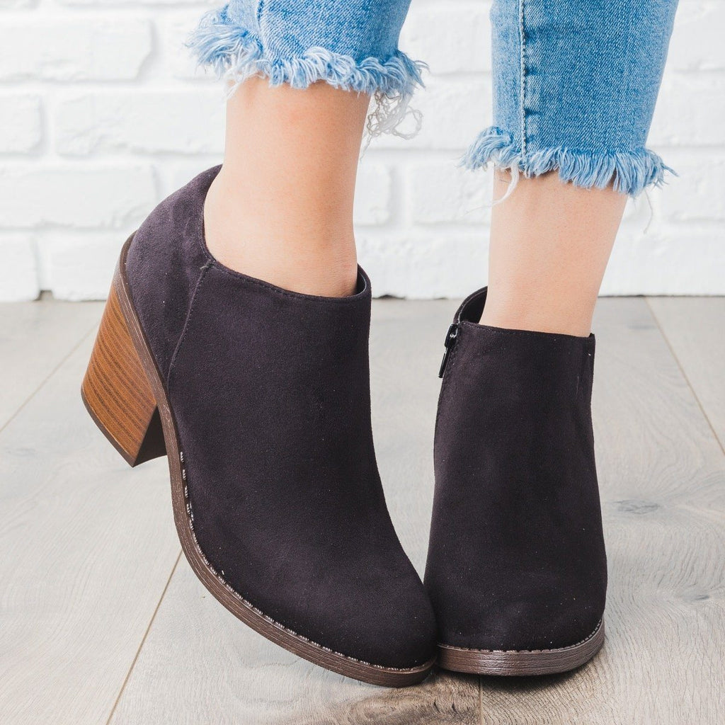 Womens Faux Suede Chunky Heel Fashion Booties - Soda Shoes - Black / 6