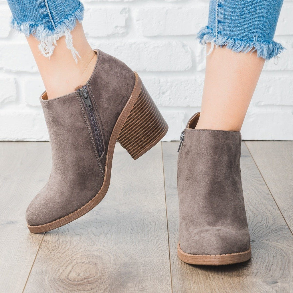 Womens Faux Suede Chunky Heel Fashion Booties - Soda Shoes