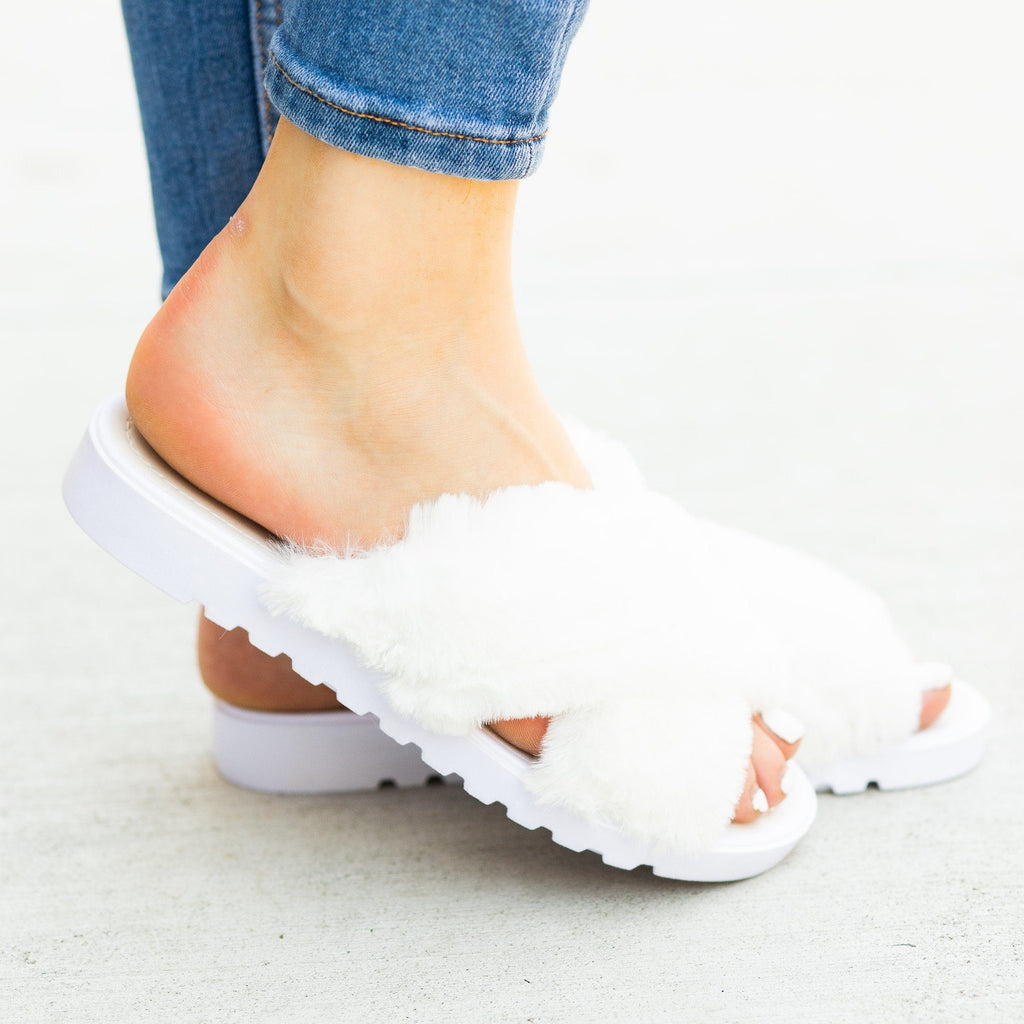 Womens Fluffy Criss Cross Slides - Qupid Shoes