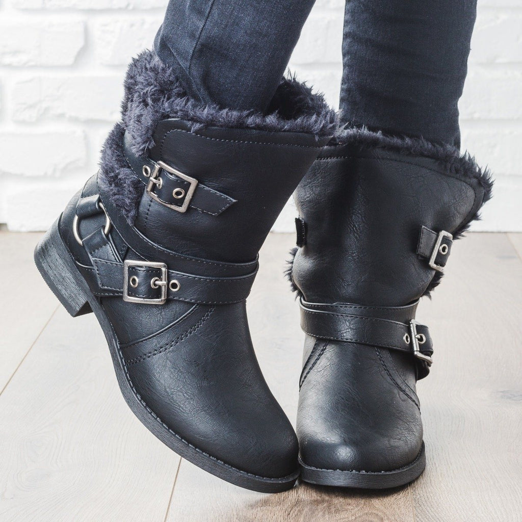 Womens Fur Lined Buckle Boots - Soda Shoes - Black / 5