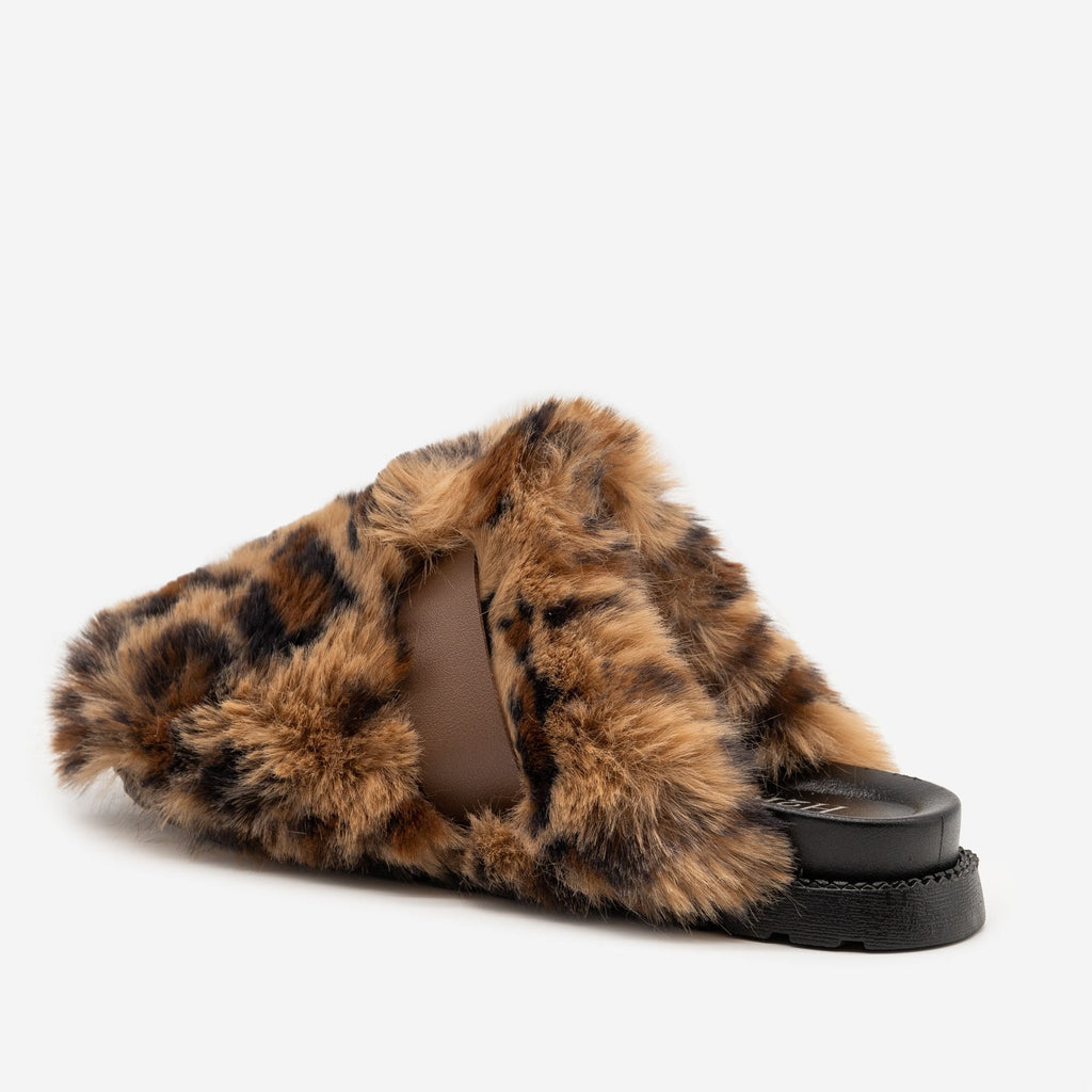 Women's Furry Buckled Slippers - H2K Shoes