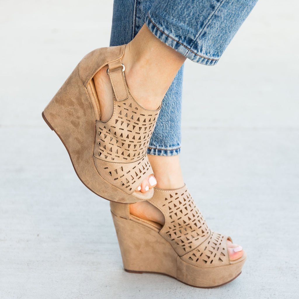 Women's Geometric Laser Cut Platform Wedges - Refresh