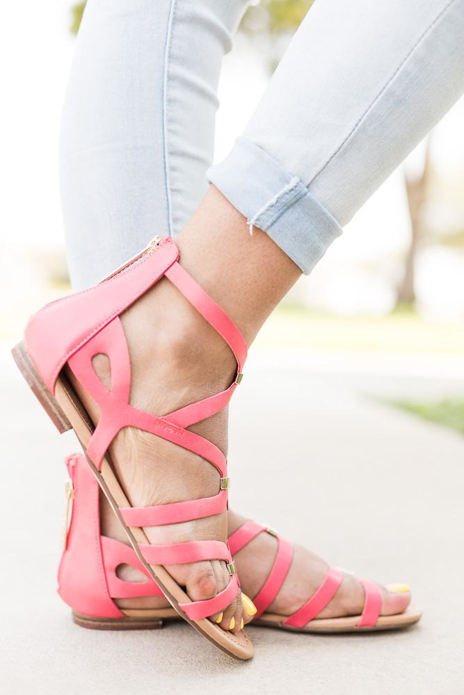 Women's Gold Detailed Strappy Sandals - Breckelle's - Grapefruit / 5