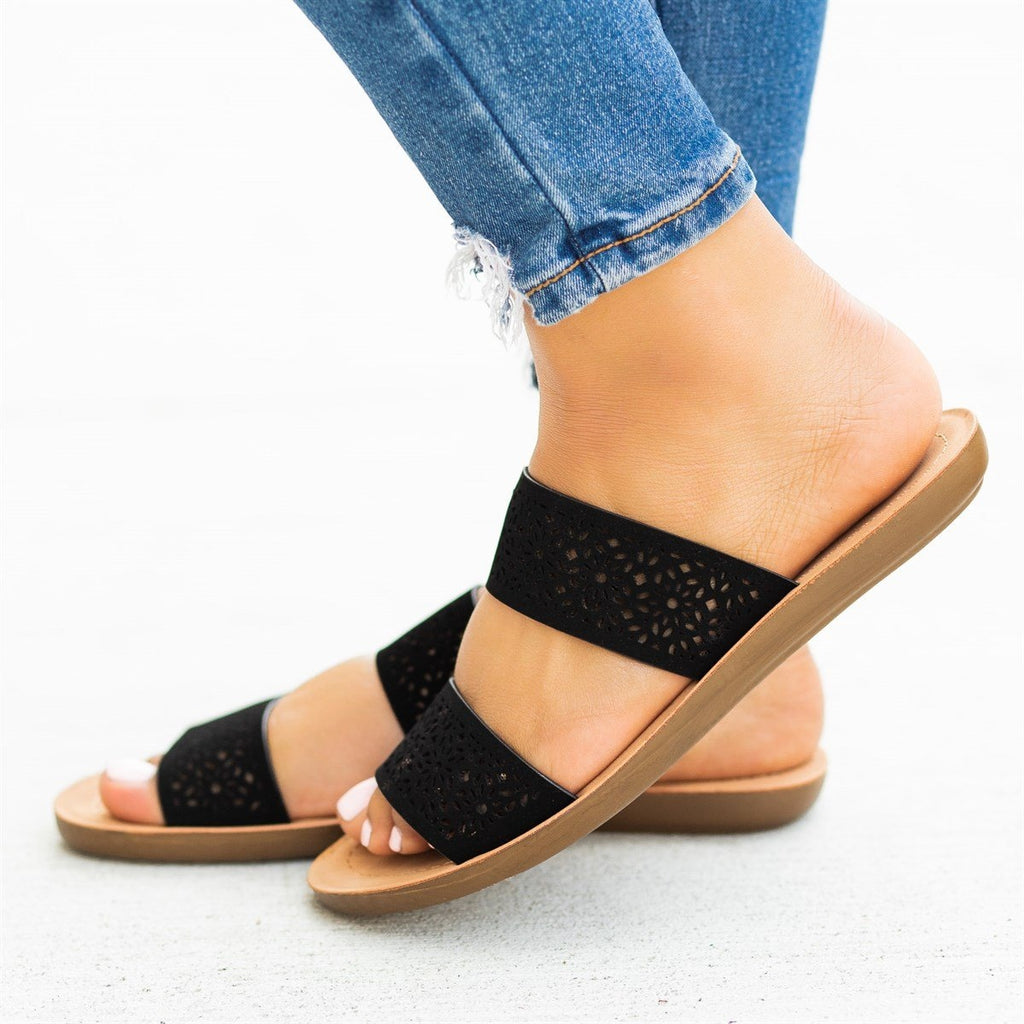 Womens Gorgeous Laser-Cut Summer Slides - Soda Shoes - Black / 5