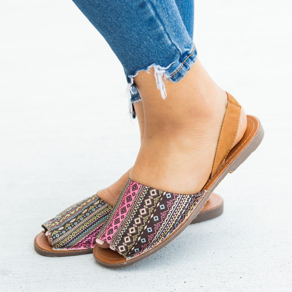 Womens Gorgeous Printed Slingback Peep-Toe Sandals - Refresh