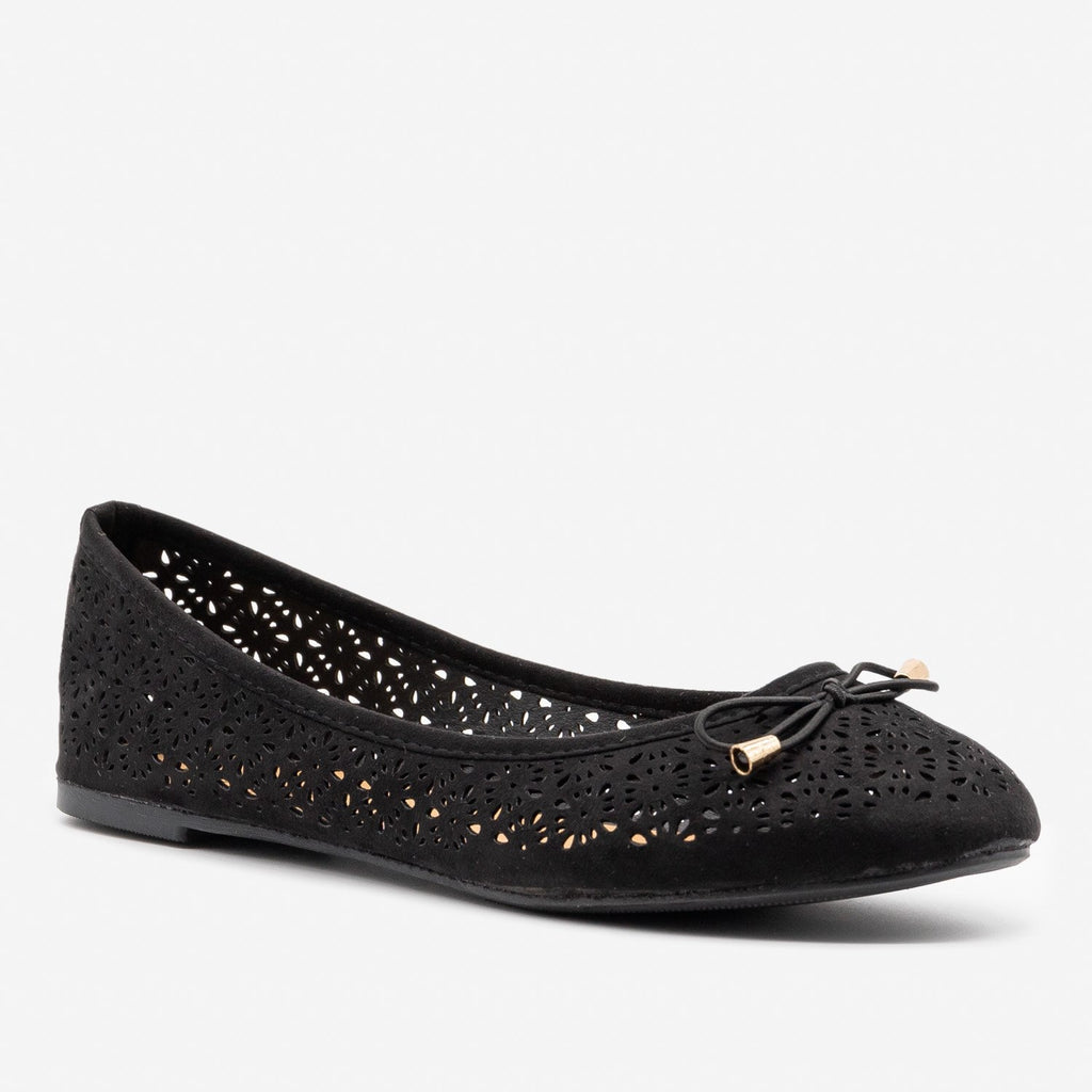 Women's Lovely Laser Cut Ballet Flats - Refresh - Black / 5