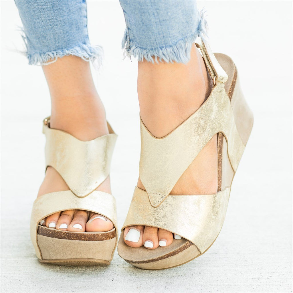 Womens V-Shaped Strap Platform Wedges - Nature Breeze - Light Gold / 5