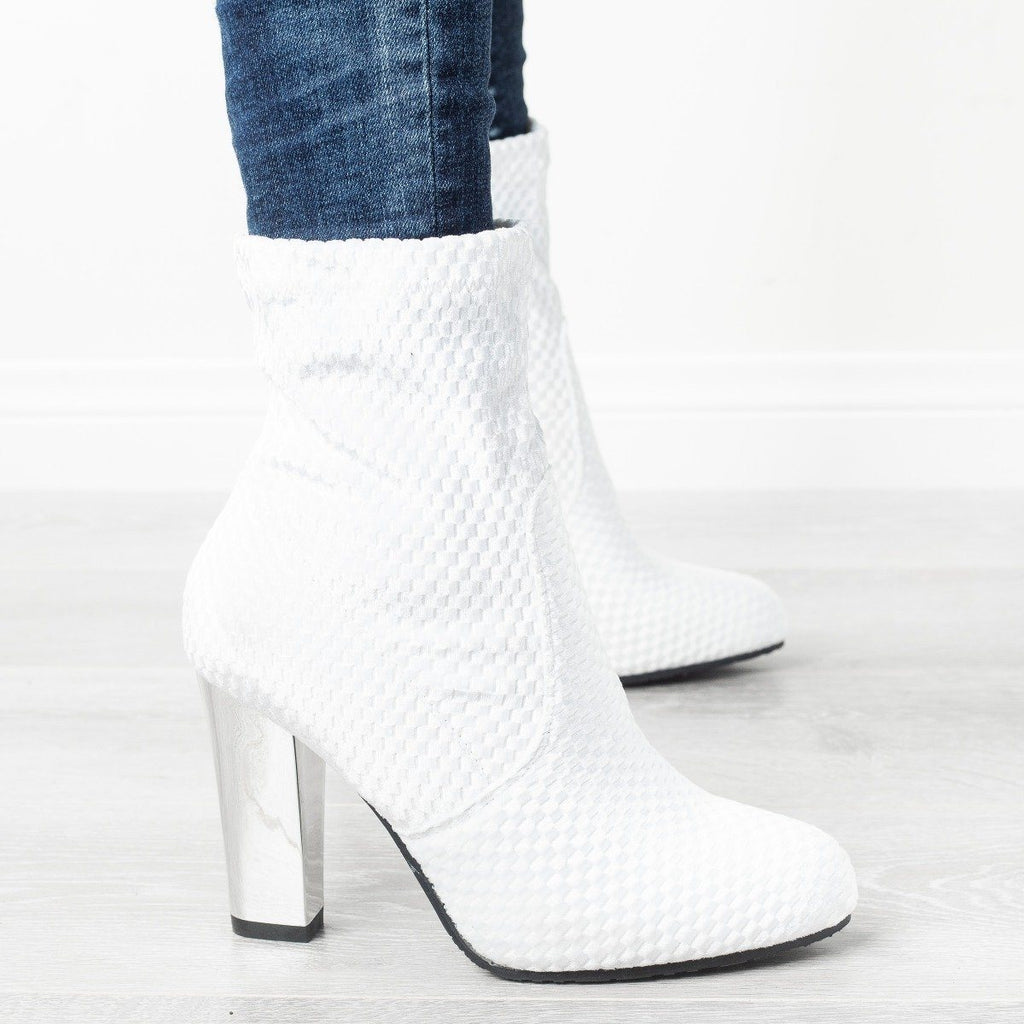 Womens Mirrored Heel Sock Booties - Forever - White / 5