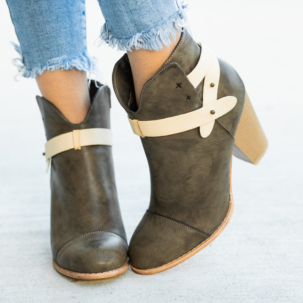 Womens Modern Belt Around Ankle Bootie - Mi.im