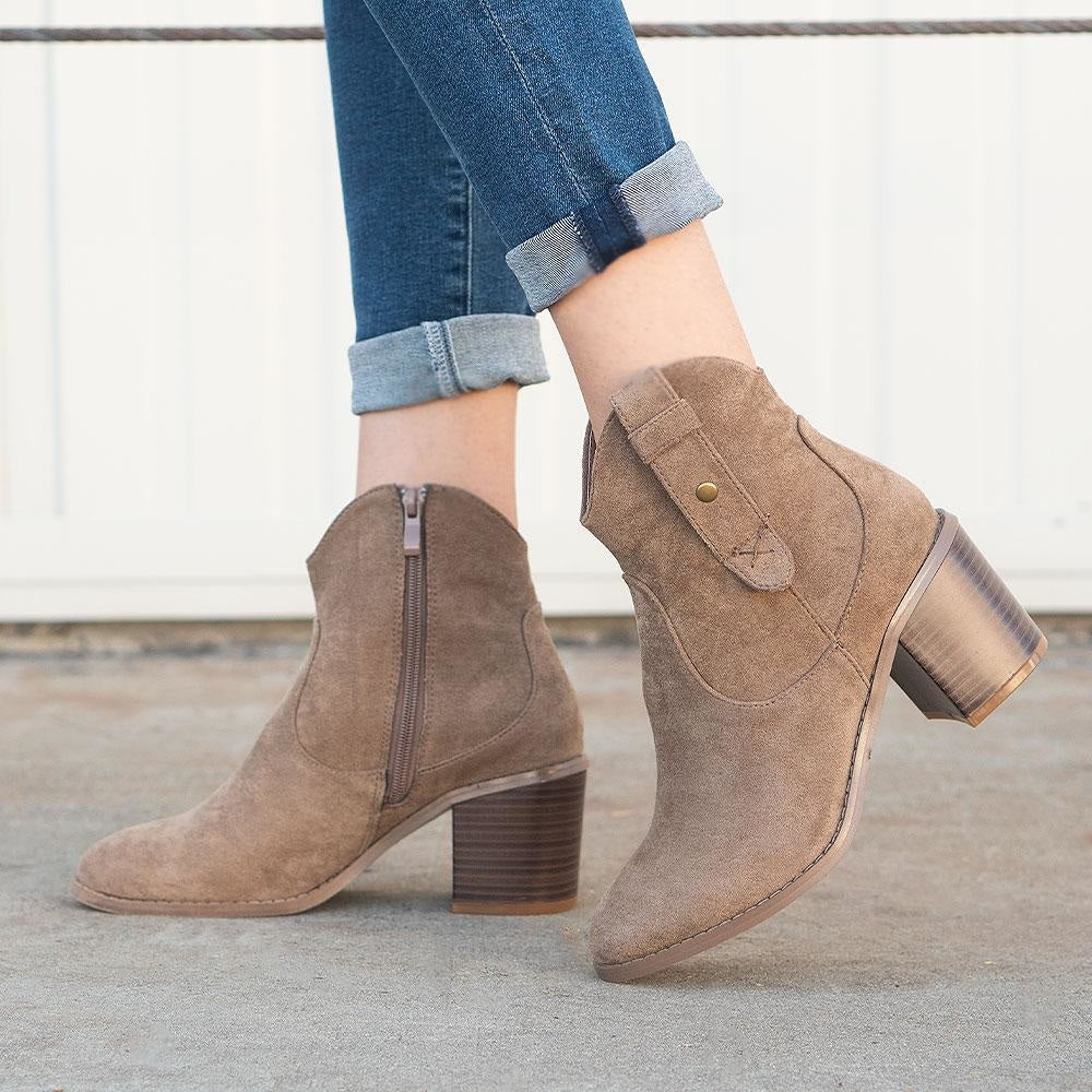 Women's Modern Cowboy Booties - Refresh - Taupe / 5