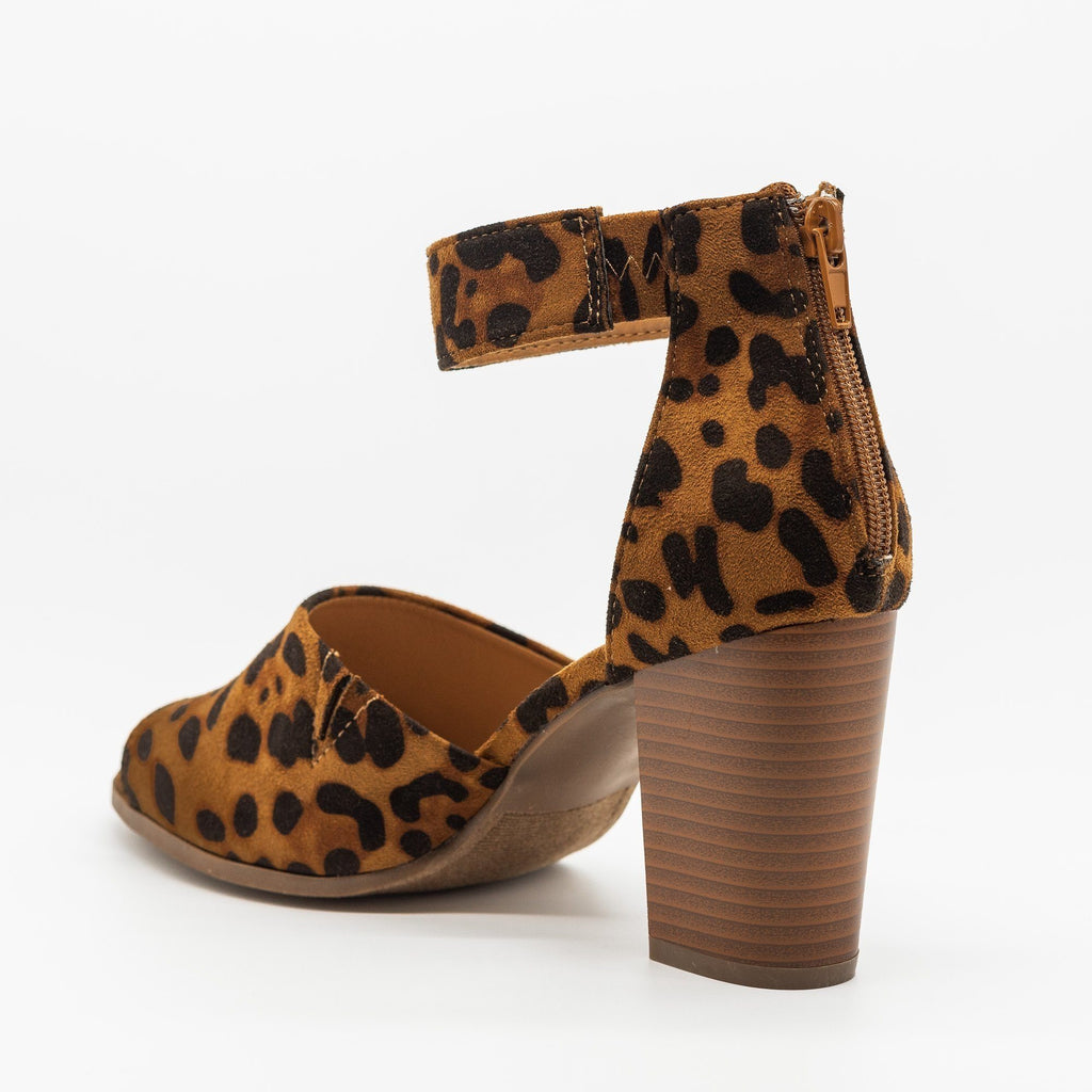 Womens Open-Toed Studded Chunky Heels - Refresh