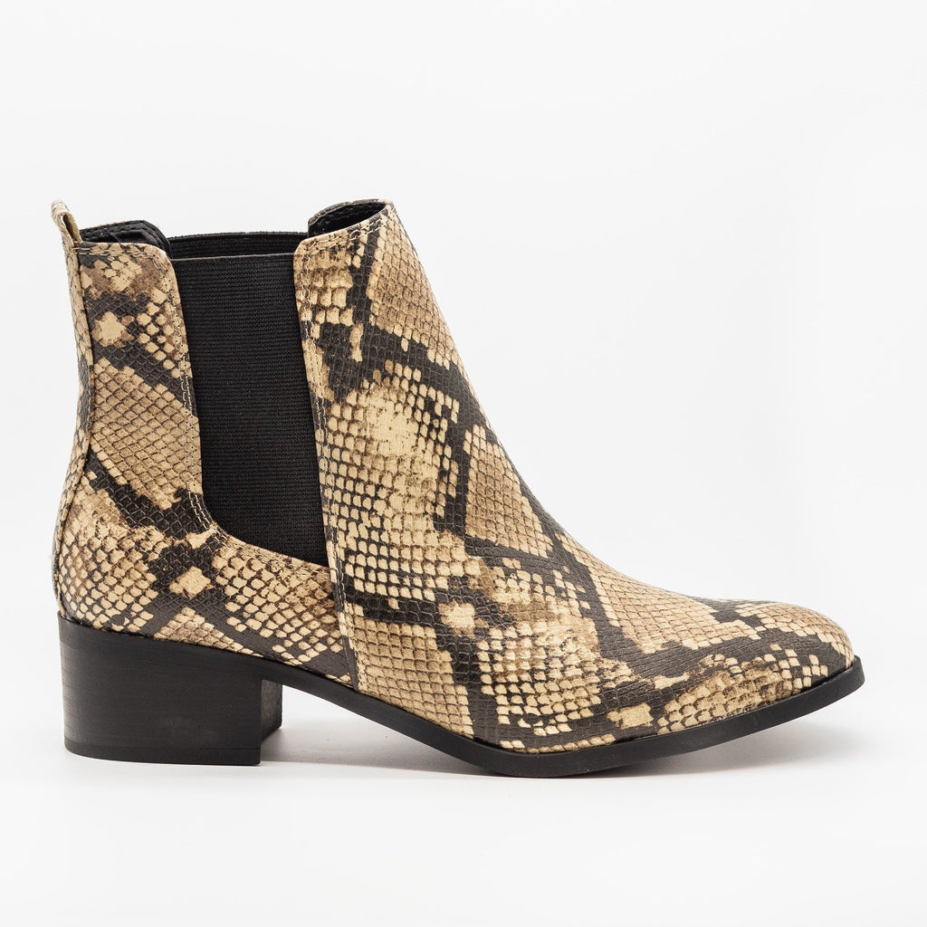 Womens Perfect Posh Chelsea Boots - Qupid Shoes - Beige Black Snake / 5