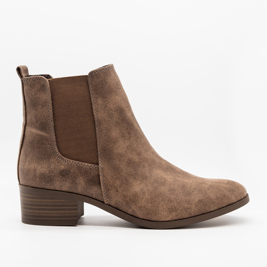 Womens Perfect Posh Chelsea Boots - Qupid Shoes - Light Brown / 5