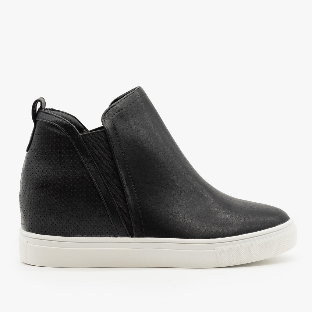 Womens Pinhole Heel Ankle Sneakers - Forever - Black / 5