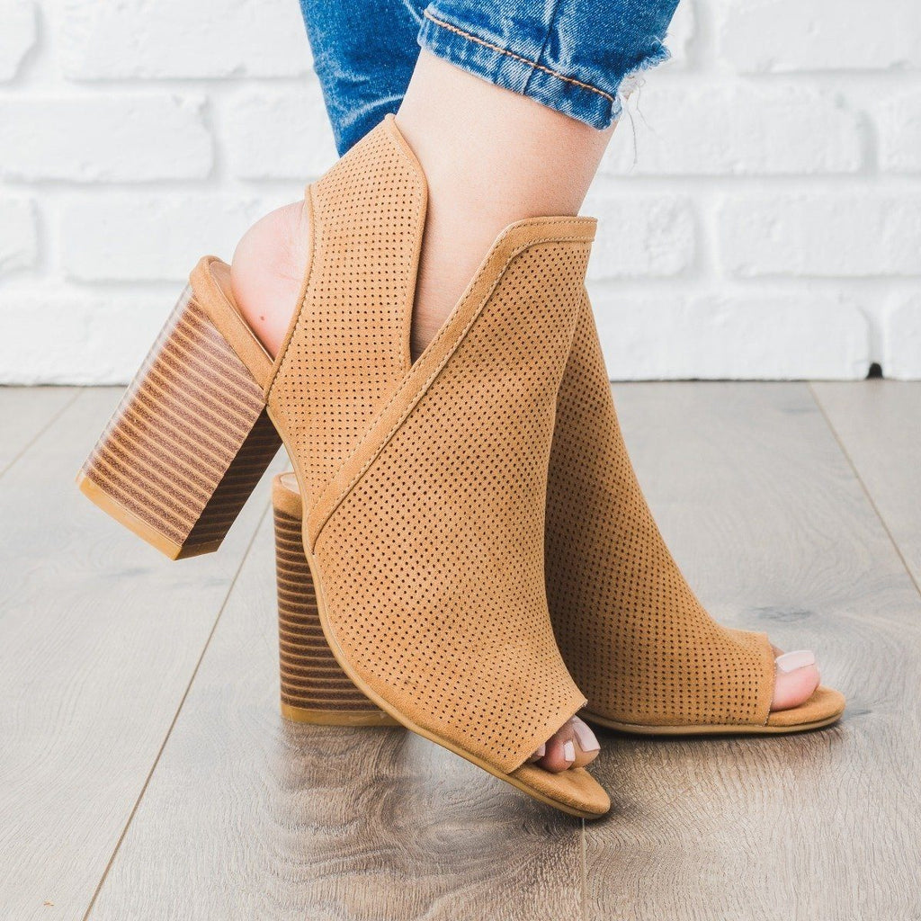 Womens Pinhole V-Cut Bootie - Bamboo Shoes