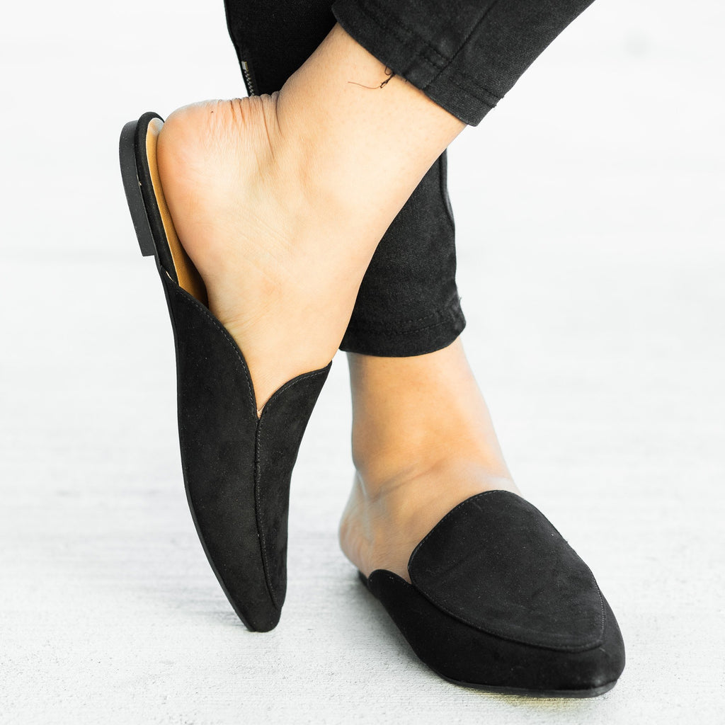 Womens Pointed Toe Mules - Qupid Shoes