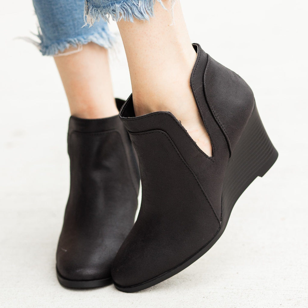Womens Posh Ankle Bootie Wedges - Qupid Shoes - Black / 5