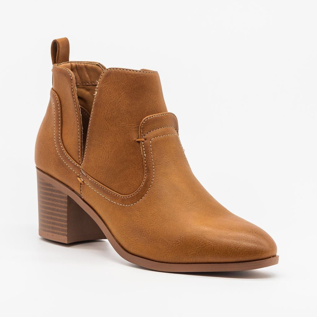 Womens Posh Burnished Toe Western Booties - Qupid Shoes - Cognac / 5