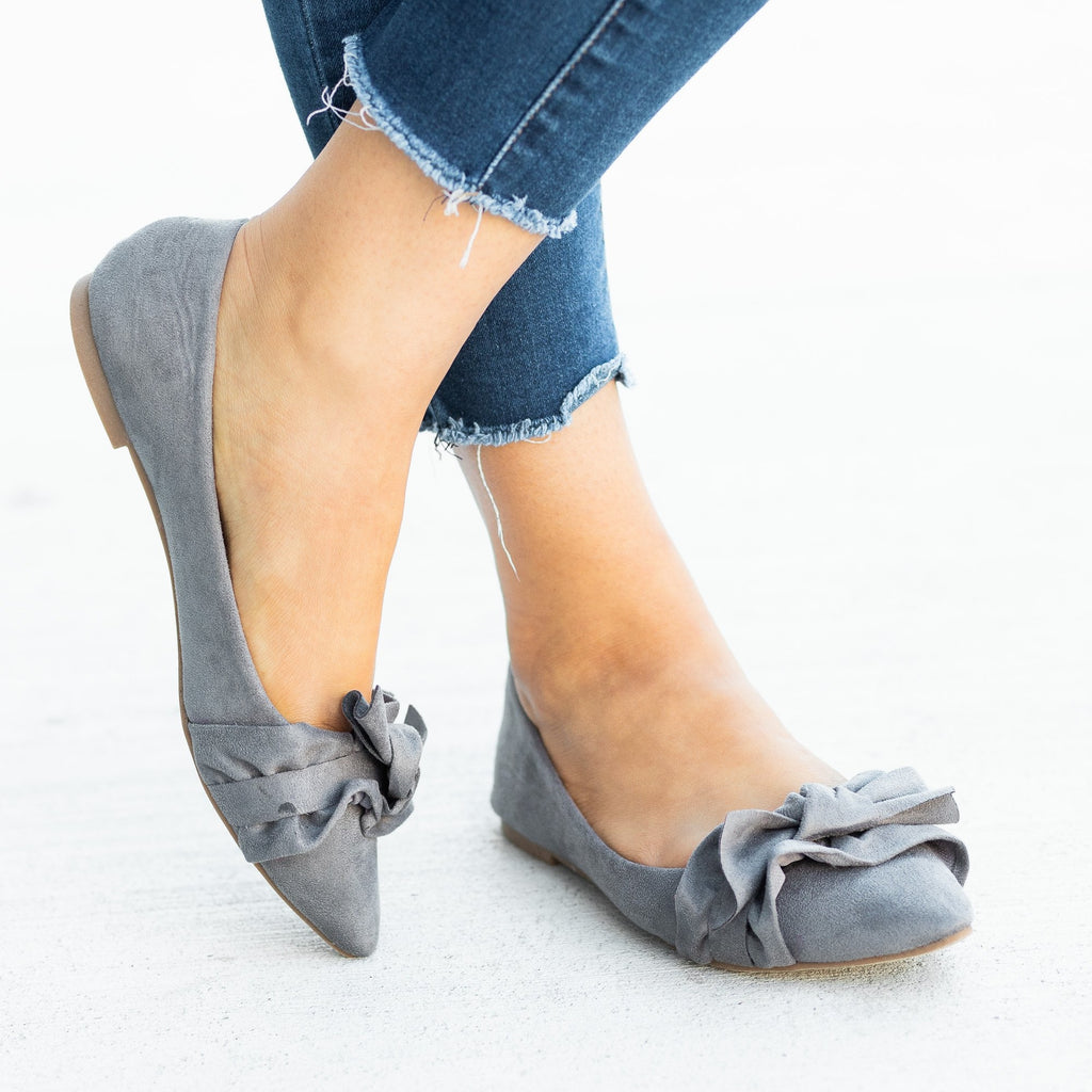 Womens Posh Ruffled Bow Flats - Calico Kiki