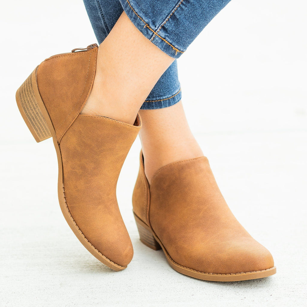 Womens Posh V-Cut Ankle Booties - Top Moda - Tan / 5