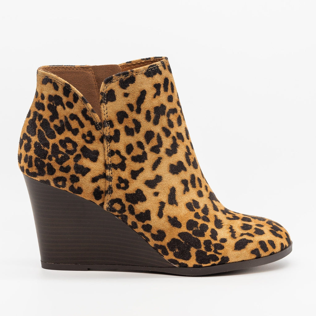 Womens Posh V-Cut Bootie Wedges - Soda Shoes - Camel Leopard / 5