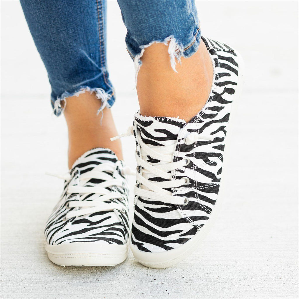 Womens Printed Comfort Canvas Fashion Sneakers - Forever - Zebra / 5