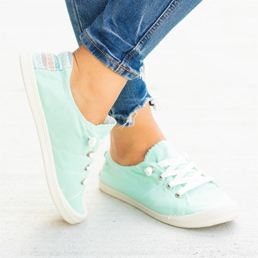 Womens Printed Comfort Canvas Fashion Sneakers - Forever - Turqouise / 5